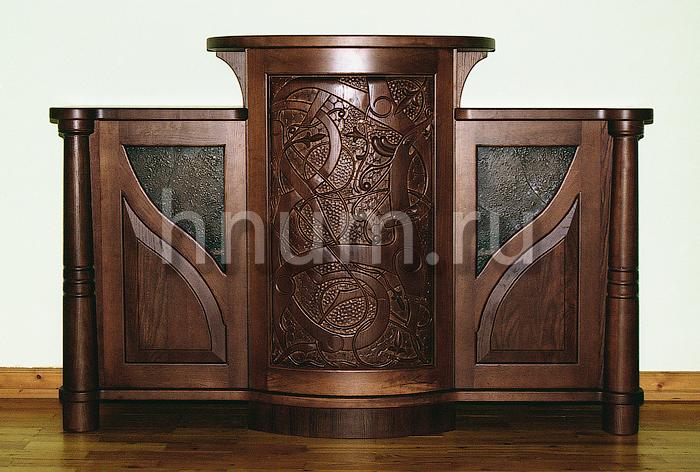 Деревянная мебель с панно с резьбой по дереву по скандинавским мотивам
